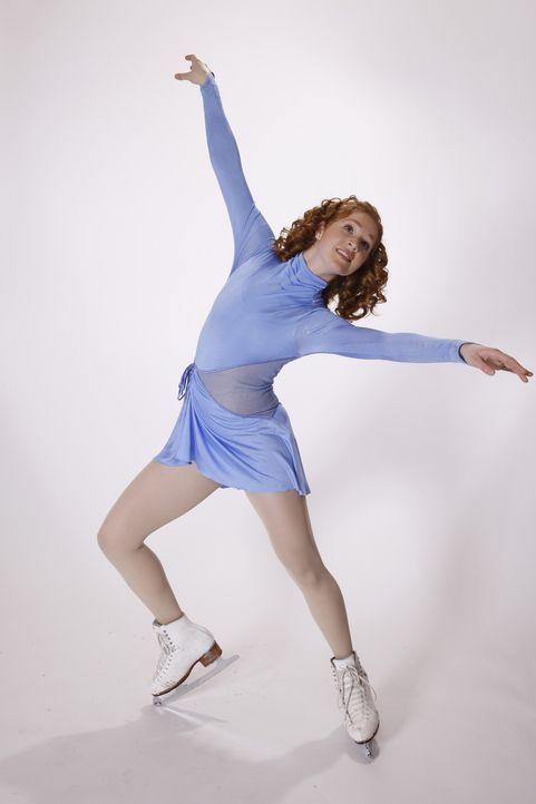 Als Teenager und begeisterte Eiskunstläuferin Lexi (Taylor Firth) von einem berühmten Trainer entdeckt wird, bietet dieser ihr die Chance ihres Le... - Bildquelle: 2010 Stage 6 Films, Inc. All Rights Reserved.