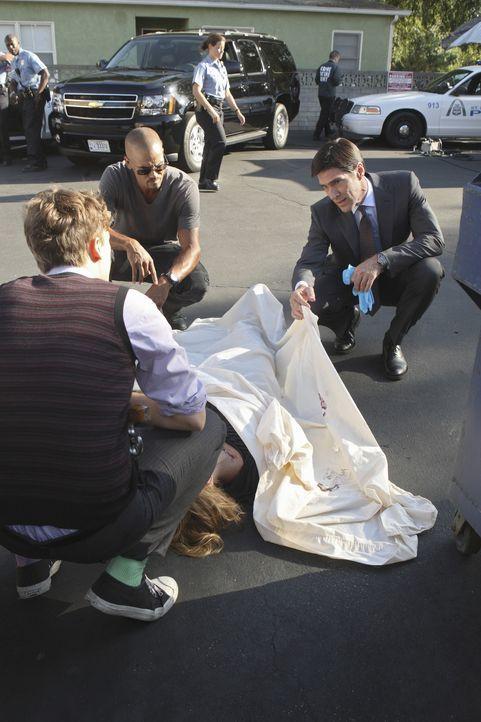 Ein neuer Fall beschäftigt Hotch (Thomas Gibson, r.), Reid (Matthew Gray Gubler, l.) und Morgan (Shemar Moore, M.) ... - Bildquelle: ABC Studios
