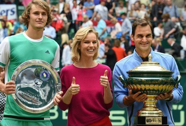 Zverev (l.) verlor das Finale von Halle gegen Federer