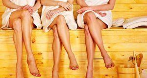 Richtig saunieren? Lieber nicht mit kalten Füßen. Wärmen Sie diese unbedingt...