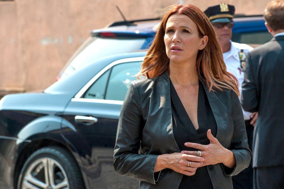 Mit ihrer besonderen Gabe, kann Detective Carrie Wells (Poppy Montgomery) bei der Aufklärung vieler Mordfälle behilflich sein ... - Bildquelle: 2013 Sony Pictures Television Inc. All Rights Reserved.