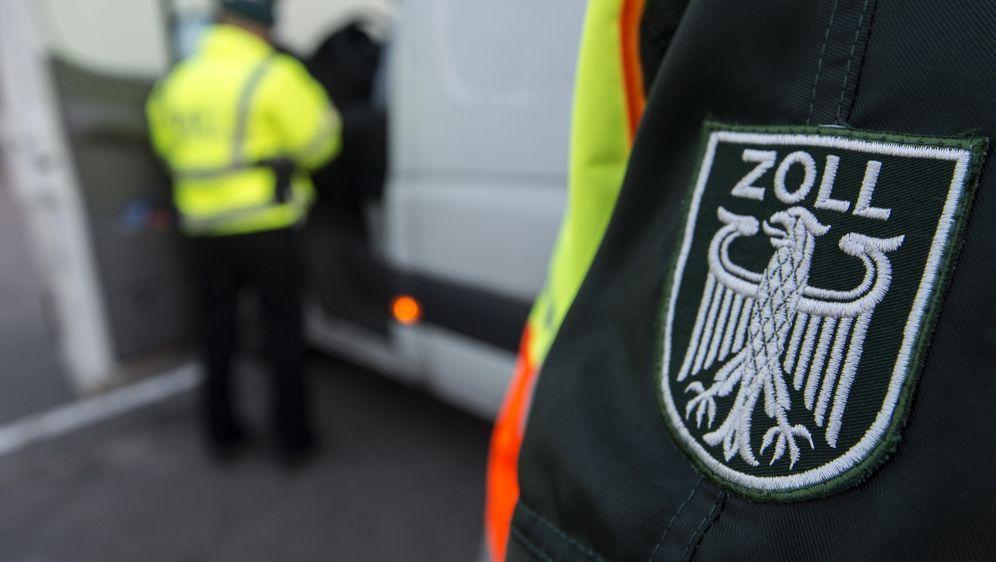 Deutschlands Zollkontrollen - Bildquelle: dpa