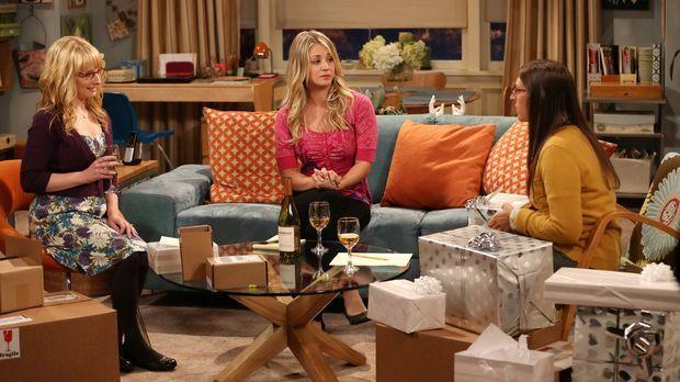 Bei einem Frauenabend zwischen Bernadette (Melissa Rauch, l.), Amy (Mayim Bia...
