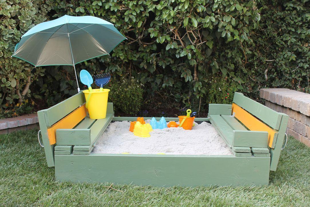 In ihrem neuen Garten sollen natürlich auch die Kinder nicht zu kurz kommen. Doch das hat Sara Bendrick genau im Blick und schafft Raum für Eltern u... - Bildquelle: 2014, DIY Network/Scripps Networks, LLC. All Rights Reserved.