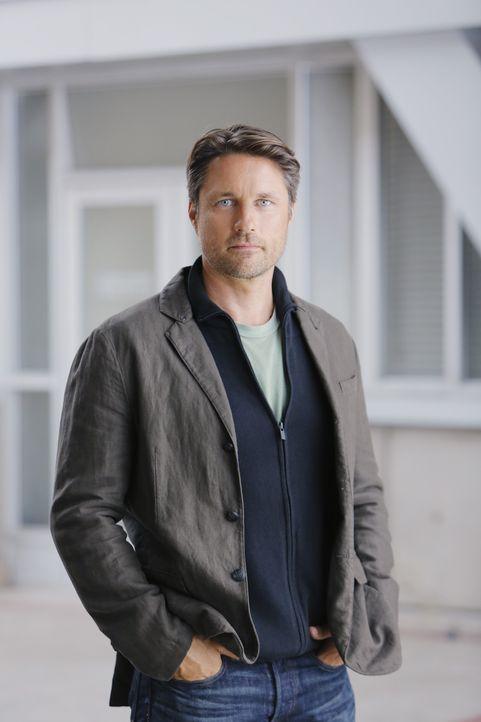 (12. Staffel) - Mit dem Erscheinen von Dr. Nathan Riggs (Martin Henderson) im Krankenhaus, kehren auch Probleme unter den Ärzten ein ... - Bildquelle: Tony Rivetti ABC Studios