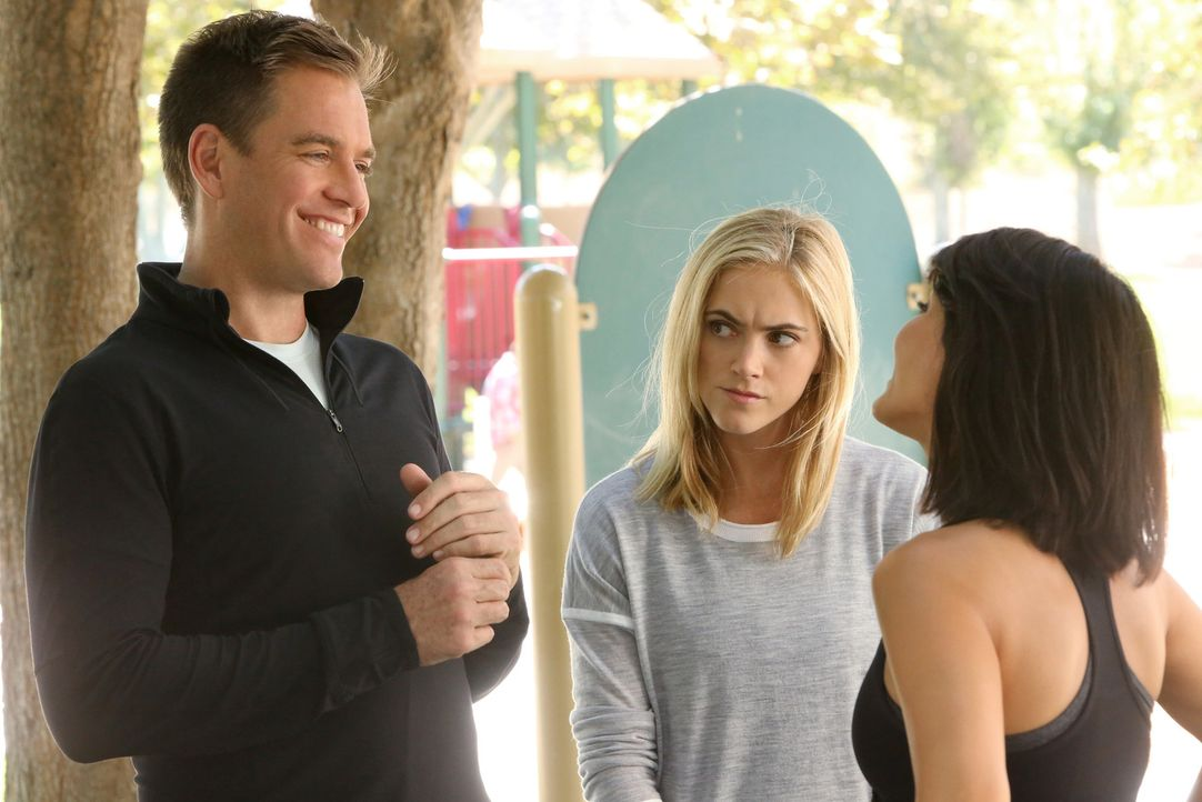 Bei den Ermittlungen in einem neuen Fall treffen Tony (Michael Weatherly, l.) und Eleonor (Emily Wickersham, M.) auf Agent Keates (Marisol Nichols,... - Bildquelle: 2014 CBS Broadcasting, Inc. All Rights Reserved