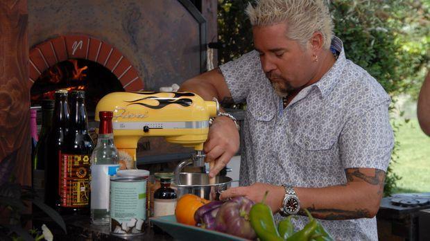 Schon im Alter von 10 Jahren entdeckte Guy Fieri seine Leidenschaft am Kochen...