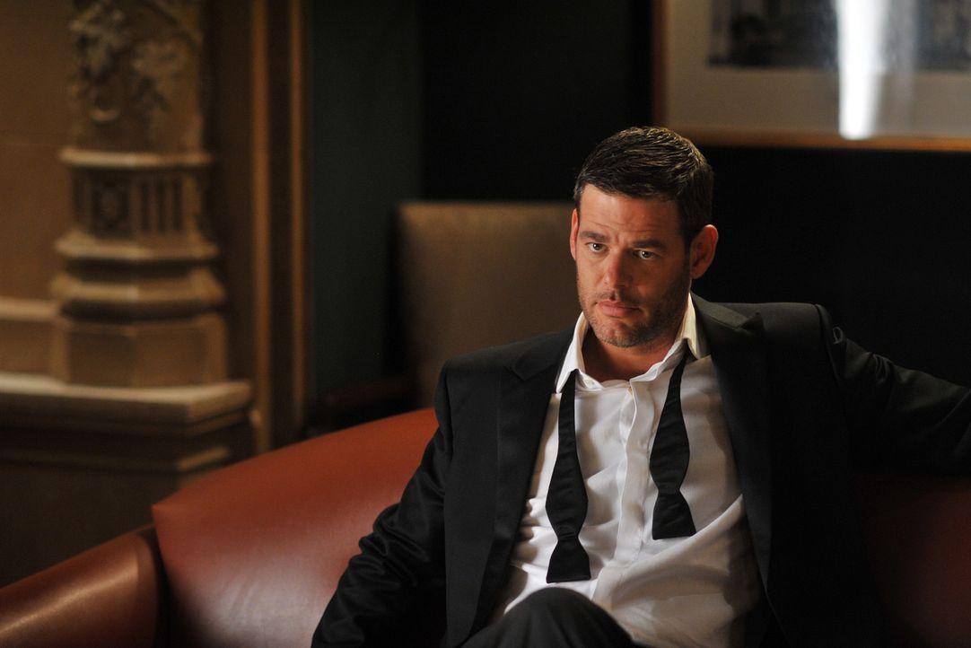 Auf einer politischen Veranstaltung lernt Kate den smarten und attraktiven Sergej (Ivan Sergei) kennen, der etwas äußerst rätselhaftes an sich ha... - Bildquelle: ABC Studios