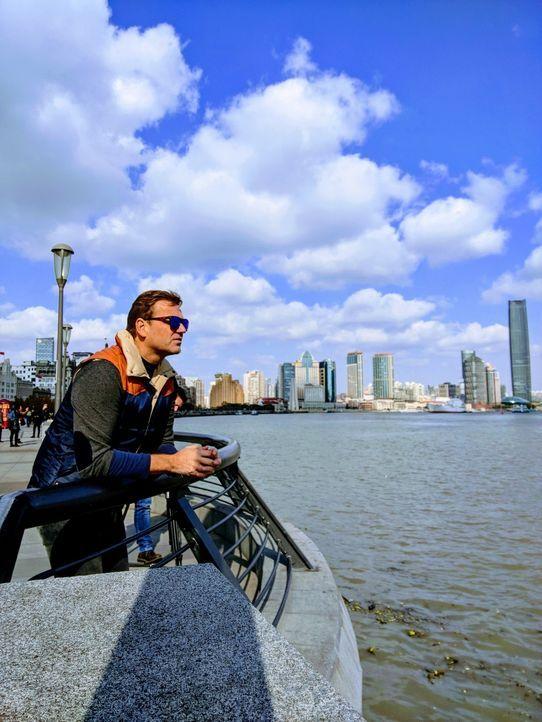 """""""Abenteuer Leben""""-Reporter und Globetrotter Kai Böcking (Foto) macht in Shanghai den großen China-Check. Kann man in der 30 Millionen Metropole sein... - Bildquelle: kabel eins"""