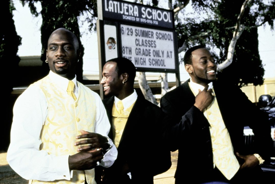 Um den Bräutigam Roland (Taye Diggs, M.) pünktlich zur Hochzeitszeremonie bringen zu können, müssen sich Slim (Richard T. Jones, l.) und Mike (Omar... - Bildquelle: Paramount Pictures