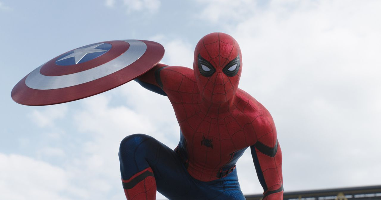 Peter Parker alias Spider-Man (Tom Holland) - Bildquelle: 2014 MVLFFLLC. TM &   2014 Marvel. All Rights Reserved.