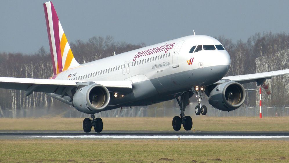 Germanwings-Airbus in Frankreich abgestürzt! - Bildquelle: dpa