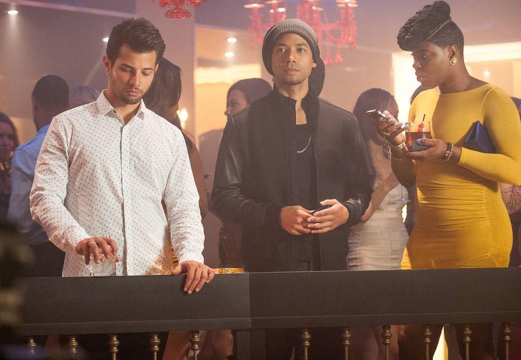 Können nicht glauben, wie sich der betrunkene Hakeem aufführt: Michael (Rafael de la Fuente, l.), Jamal (Jussie Smollett, M.) und Porsha (Ta'Rhonda... - Bildquelle: 2015 Fox and its related entities.  All rights reserved.