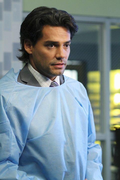 Während Violet und Sheldon ein Gefängnis besuchen, um Insassen zu ihrer bedingten Entlassung zu befragen, muss Addison mit einem neuen Onkologen,... - Bildquelle: ABC Studios