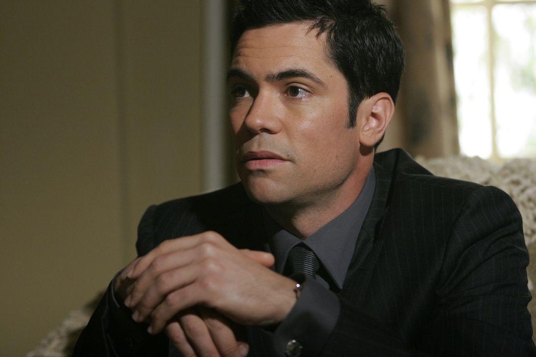 Nicht nur ein neuer Fall, sonder auch sein Bruder bereitet Scott (Danny Pino) Kopfzerbrechen ... - Bildquelle: Warner Bros. Television