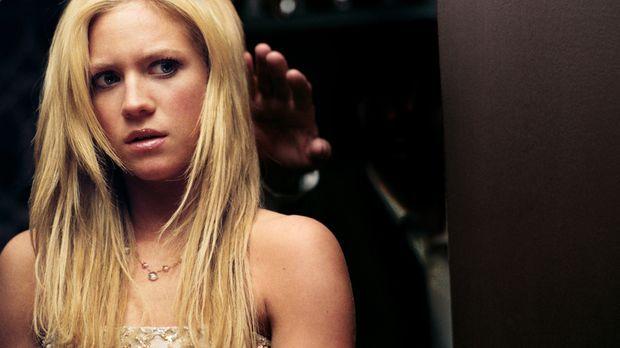 Für Donna (Brittany Snow) entwickelt sich der High School-Abschlussball zu ei...