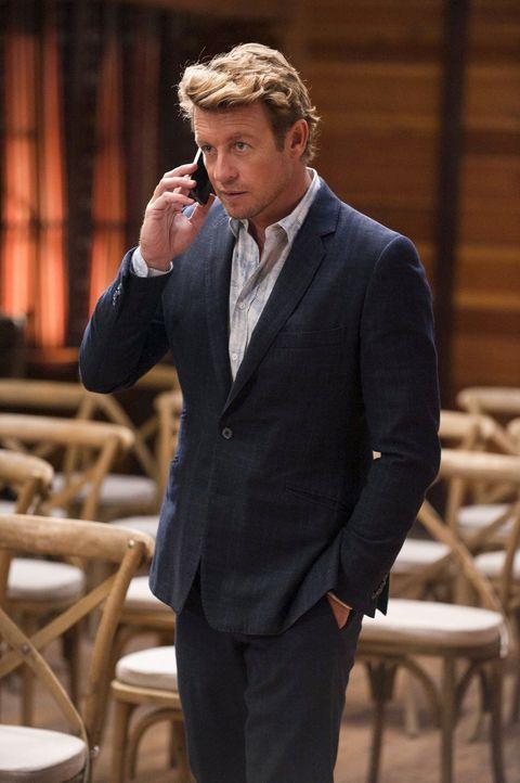 Ermittelt in einem neuen Fall: Patrick Jane (Simon Baker) ... - Bildquelle: Warner Bros. Television