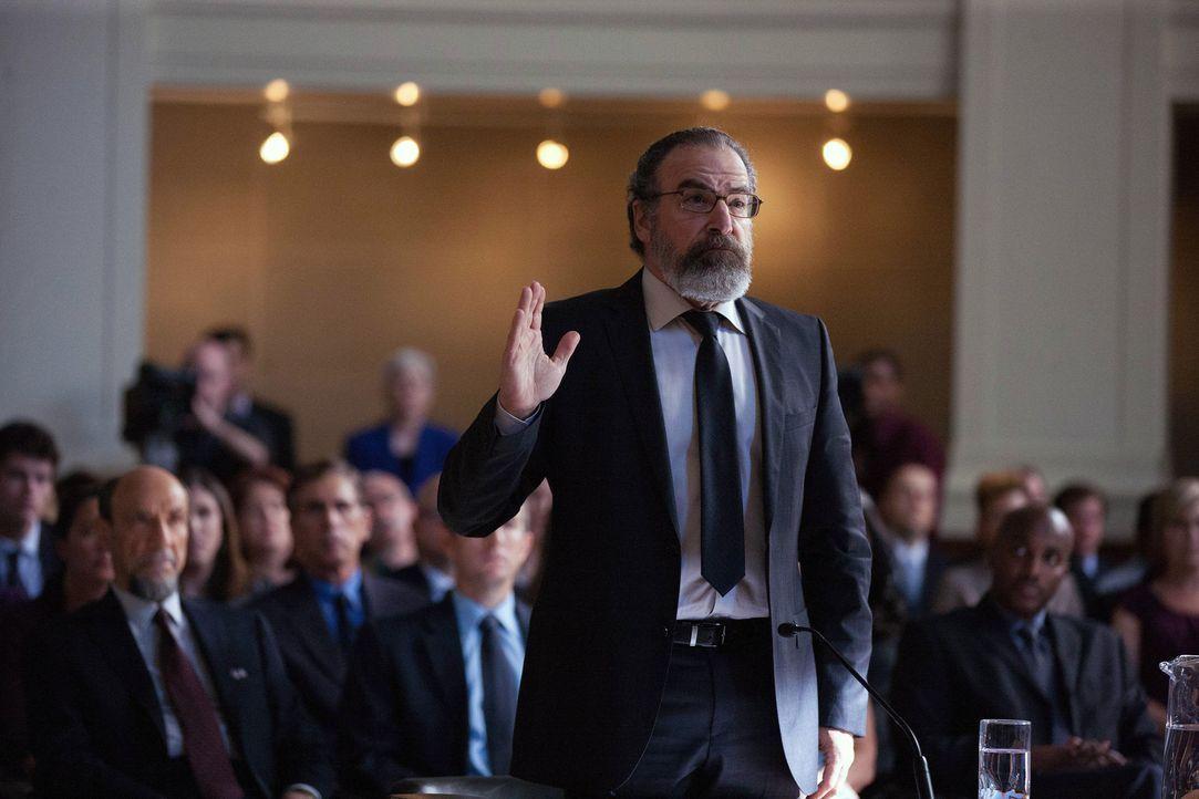 Wird ebenso vor den Untersuchungsausschuss zitiert: Saul (Mandy Patinkin) ... - Bildquelle: 2013 Twentieth Century Fox Film Corporation. All rights reserved.