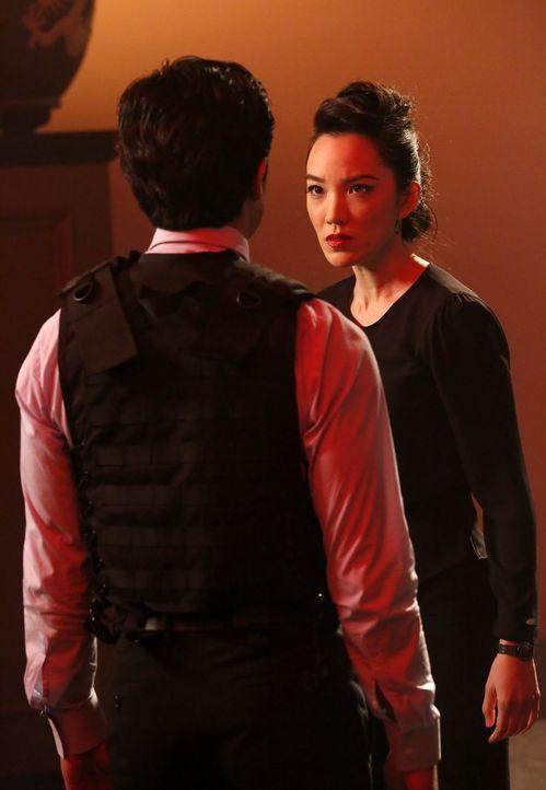 Wieder vereint? Lee (Jon Foo, l.) und seine Schwester Kim (Jessika Van, r.) ... - Bildquelle: Warner Brothers