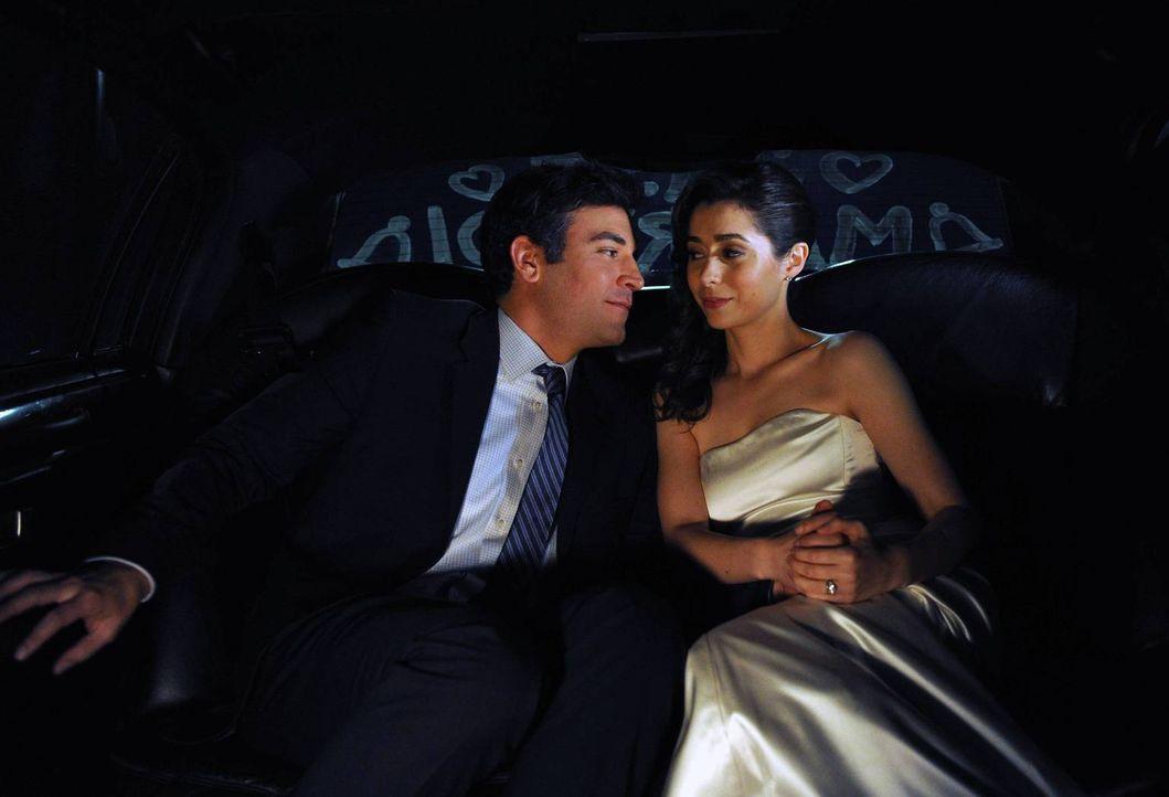 Nach zahlreichen gescheiterten Beziehungen findet Ted (Josh Radnor, l.) endlich seine große Liebe Tracy (Cristin Milioti, r.) ... - Bildquelle: 2014 Twentieth Century Fox Film Corporation. All rights reserved.