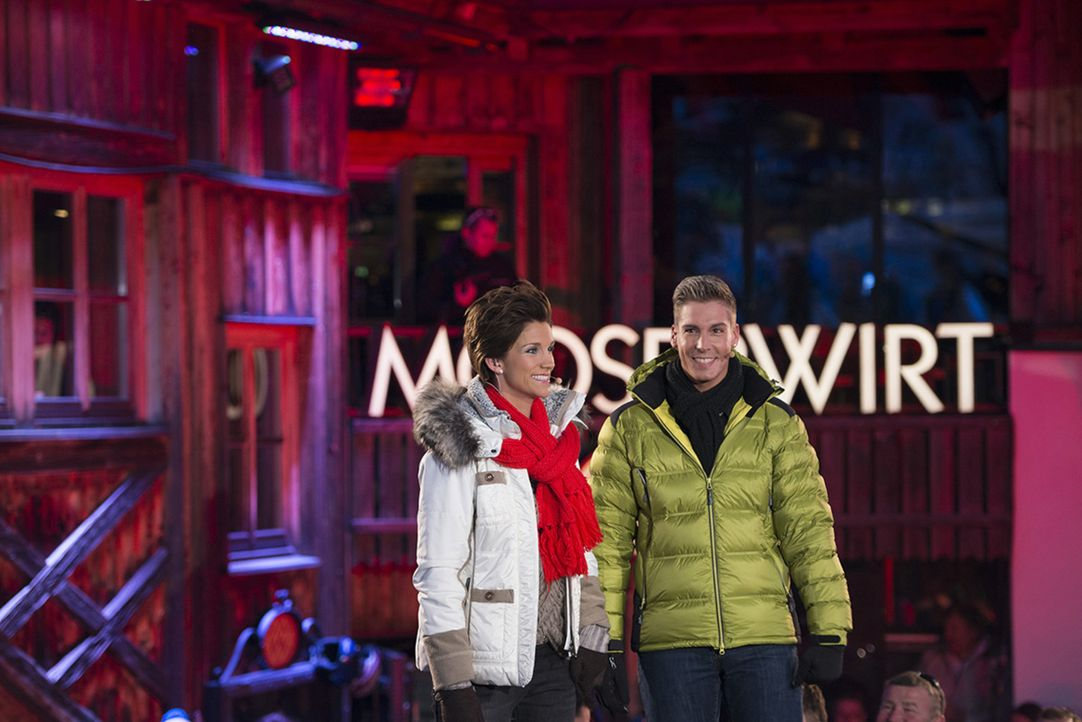 Beim MooserWirt im österreichischen St. Anton brennt während der Skisaison nach dem Spaß auf der Piste die Luft: Stars wie Jürgen Drews, Olaf Hennin... - Bildquelle: Patrick Säly SAT.1 Gold