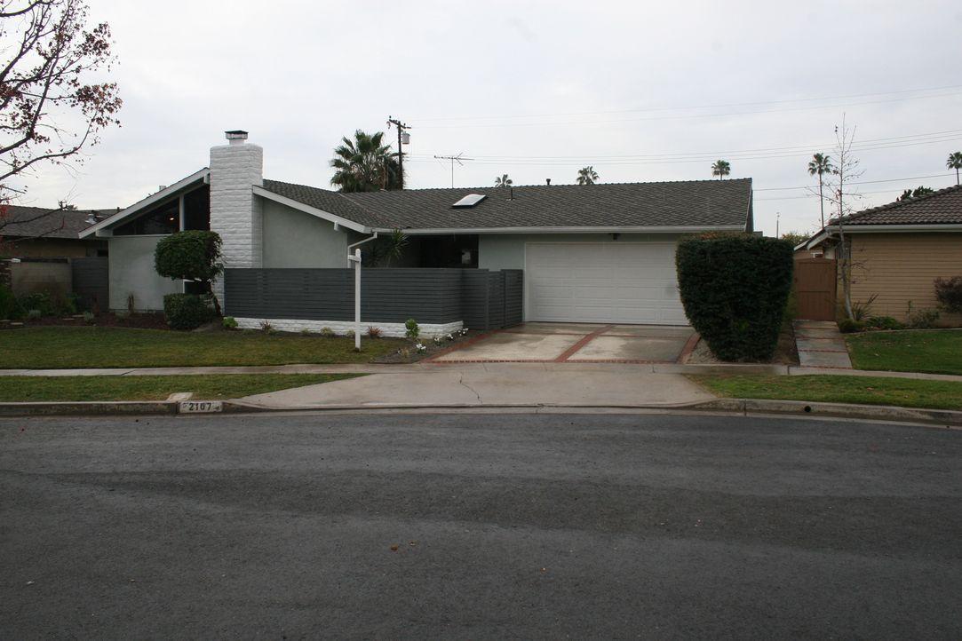 In Placentia stoßen Christina und Tarek auf ein Haus aus den 1950er Jahren und sind sofort von dem einzigartigen Design begeistert. Werden sie noch... - Bildquelle: 2015,HGTV/Scripps Networks, LLC. All Rights Reserved
