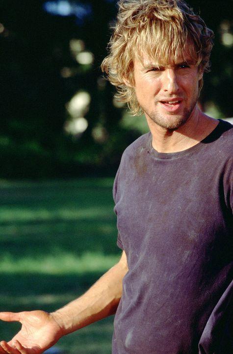Auf der Flucht vor dem Gesetz lässt sich der charmante Berufsdieb und Gelegenheitssurfer Jack Ryan (Owen Wilson) auf Hawaii nieder. - Bildquelle: Warner Bros.