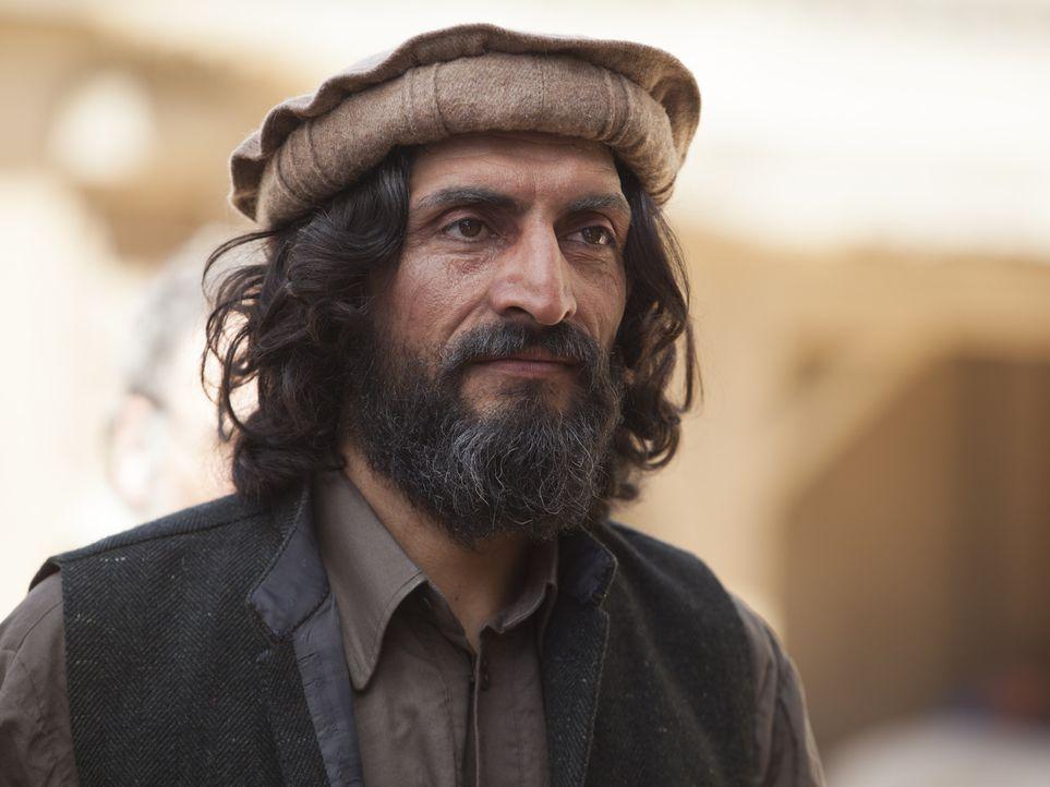 Wird in seiner Heimatstadt als Held gefeiert: Haissam Haqqani (Numan Acar) ... - Bildquelle: Homeland   2014 Twentieth Century Fox Film Corporation