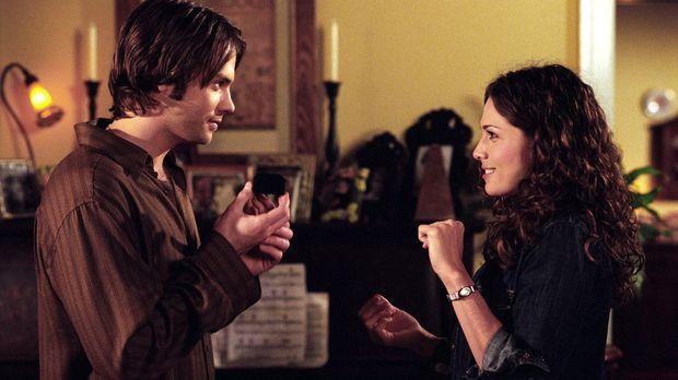 Matt (Barry Watson, l.) und Sarah (Sarah Danielle Madison, r.) haben ihren er...
