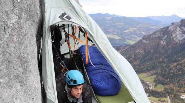 Off Limits mit Harro Füllgrabe - An einer 300 Meter senkrecht abfallenden Fel...