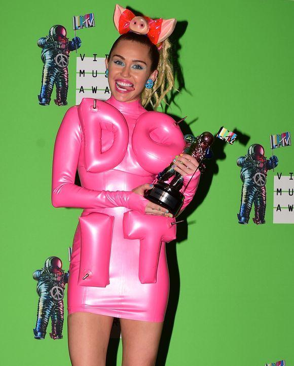 MTV-VMAs-150830-18-Miley-Cyrus-getty-AFP - Bildquelle: MARK RALSTON / AFP