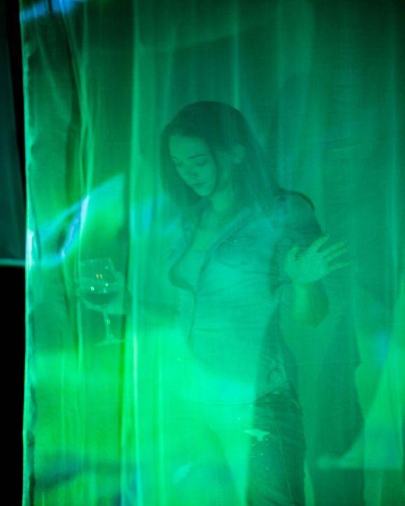 Noch ahnt Jessica (Austin Highsmith) nicht, dass unter den künstlerischen Nachbarn ein eiskalter Mörder lebt ... - Bildquelle: 2009 by PARAMOUNT PICTURES CORPORATION. All Rights Reserved.