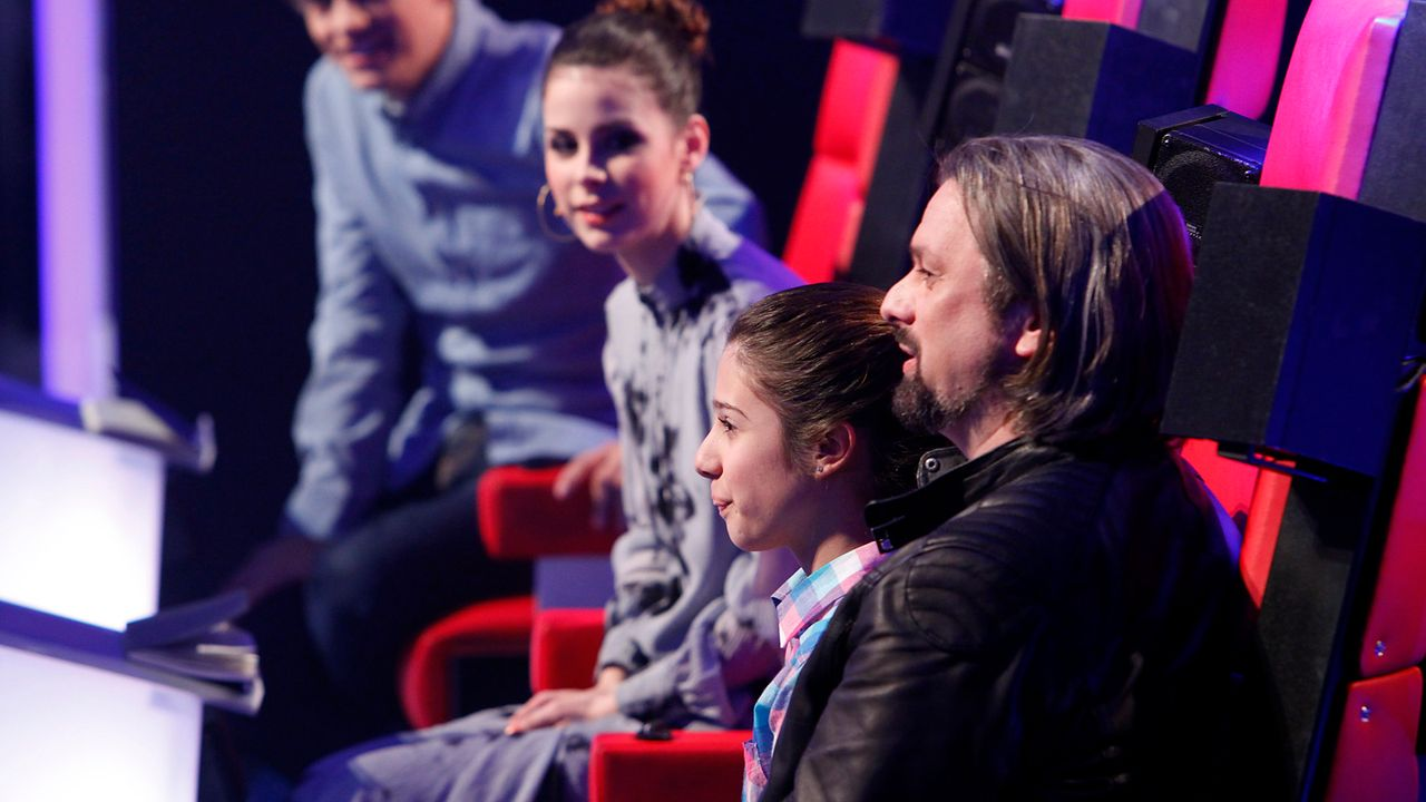 The-Voice-Kids-epi05-Michele-4-SAT1-Richard-Huebner - Bildquelle: SAT.1/Richard Hübner