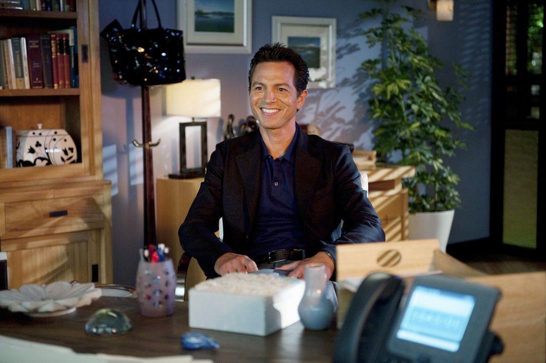 Charlotte erfährt schockierende Neuigkeiten und zwingt Cooper zur Verschwiegenheit, während Jake (Benjamin Bratt) glücklich mit Addison ist ... - Bildquelle: ABC Studios