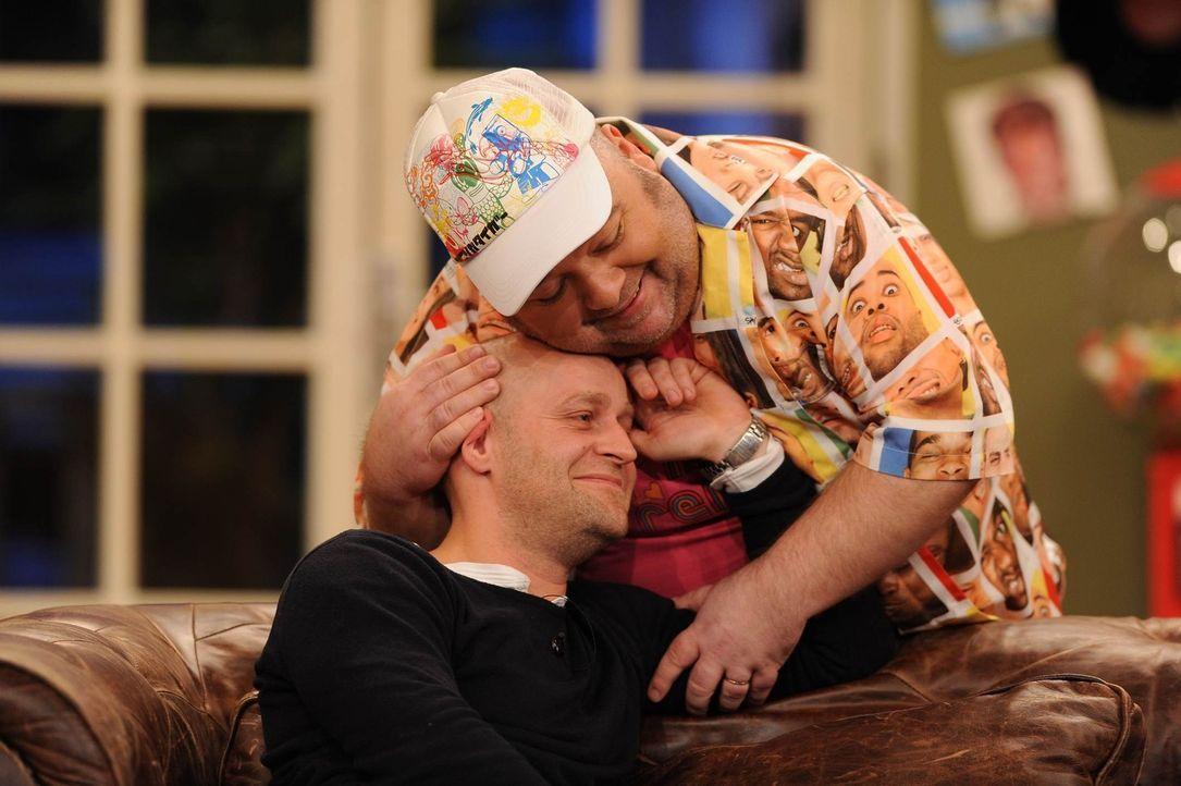 Auch in schweren Tagen halten Jürgen (l.) und Dirk (r.) zusammen ... - Bildquelle: Willi Weber SAT.1