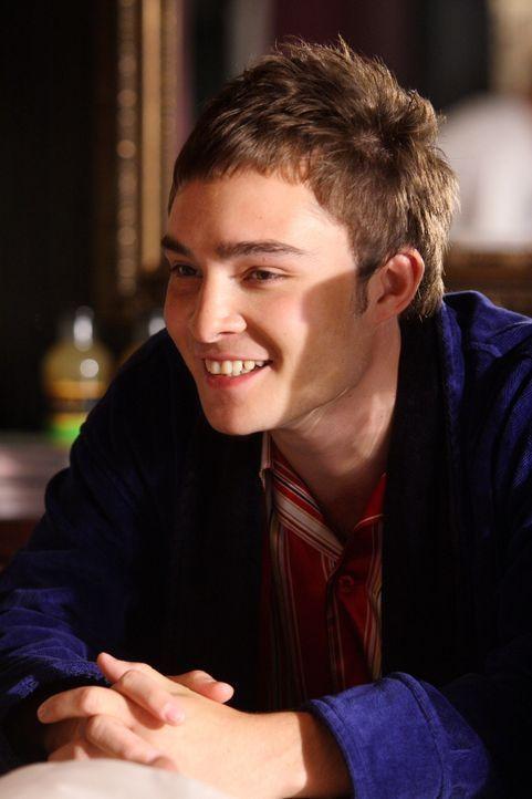 Chuck (Ed Westwick) ist keinem Mädchen abgeneigt und sorgt damit immer wieder gern für Unruhe. Doch diesmal geht der reiche Junge etwas zu weit ... - Bildquelle: Warner Brothers