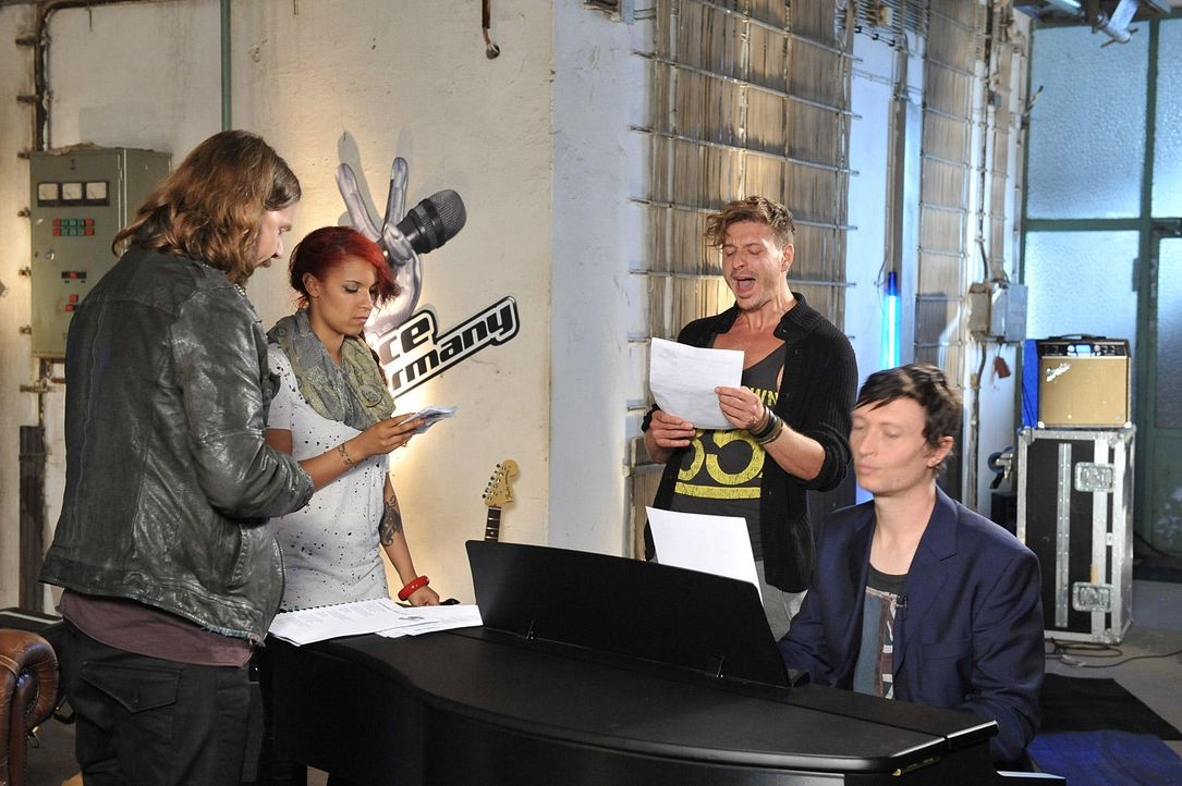 battle-luca-vs-jenna-20-the-voice-of-germany-kowalskijpg 1700 x 1131 - Bildquelle: SAT1/ProSieben/Andre Kowalski