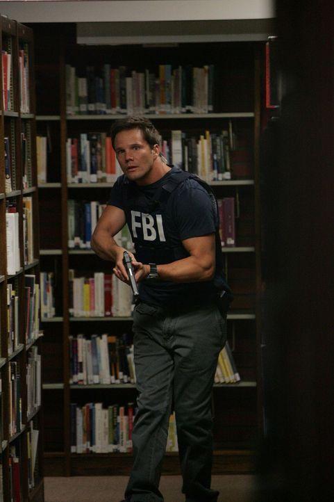 Ein Fall jagt den nächsten: Colby (Dylan Bruno) und seine Kollegen versuchen alles, um einem der bekanntesten ungelösten Fälle des FBI aufzuklären .... - Bildquelle: Paramount Network Television