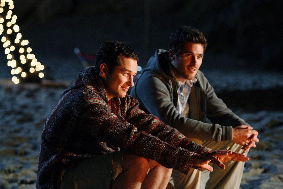 Wurden von Sarah angestiftet, Tommy in die Irre zu führen: Kevin (Matthew Rhys, l.) und Justin (Dave Annable, r.) ... - Bildquelle: 2008 ABC INC.