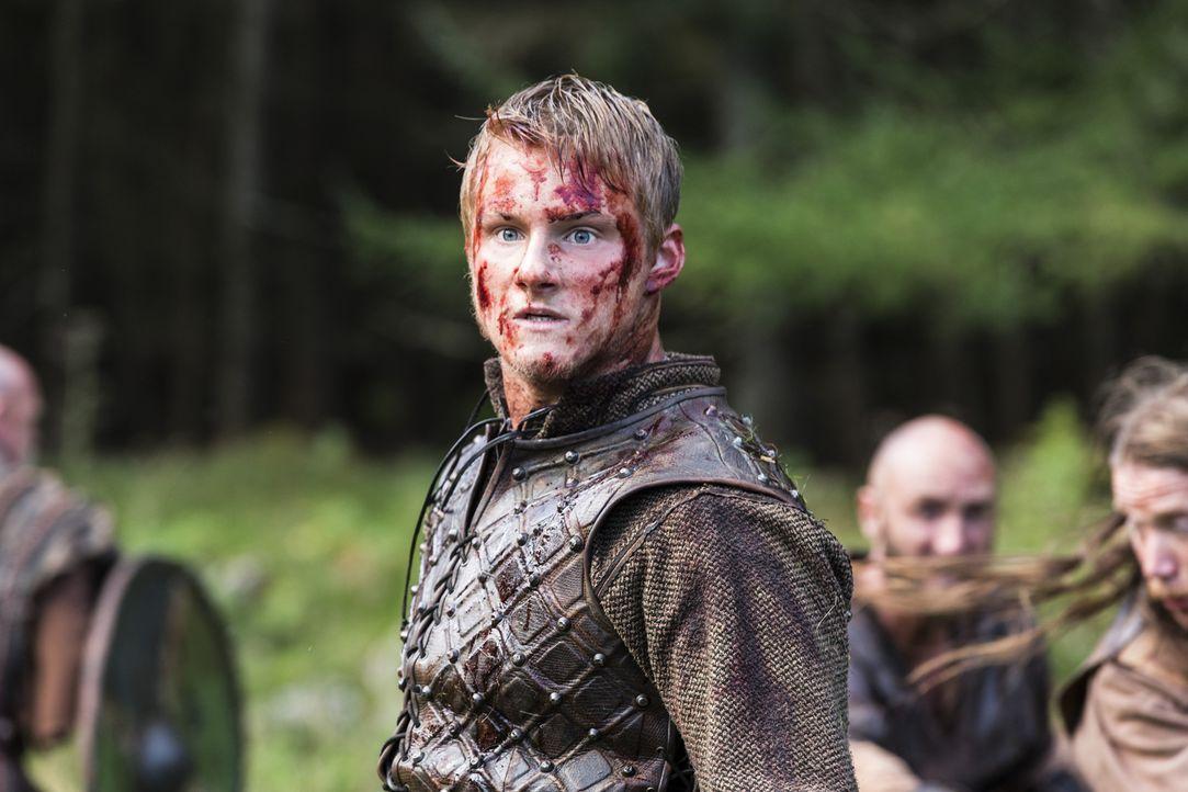 Um Kattegat zurückzugewinnen, ziehen Bjorn (Alexander Ludwig) und Ragnar gegen Jarl Borg in den Kampf ... - Bildquelle: 2014 TM TELEVISION PRODUCTIONS LIMITED/T5 VIKINGS PRODUCTIONS INC. ALL RIGHTS RESERVED.
