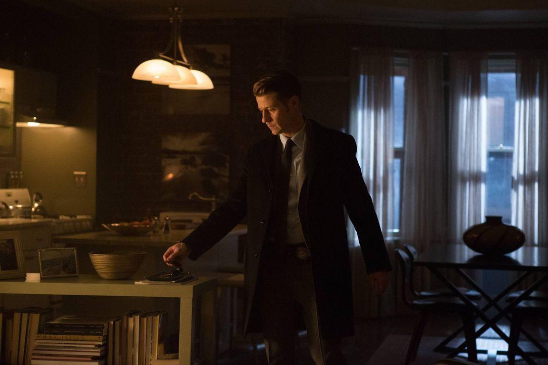 Seit den Vorfällen mit Galavan ist einige Zeit vergangen. Gordon (Ben McKenzie) ist wieder nach Gotham zurückgekehrt und muss sich einer Anhörung st... - Bildquelle: Warner Brothers