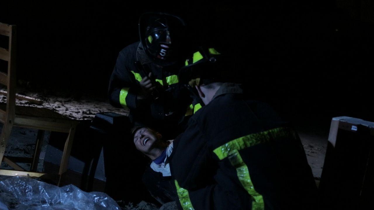 Mit ihrem bedingslosen Einsatz retteten die Einsatzkräfte viele Menschenleben, während Supersturm Sandy an der Ostküste Anmerikas große Zerstörungen... - Bildquelle: 2014 The Weather Channel LLC