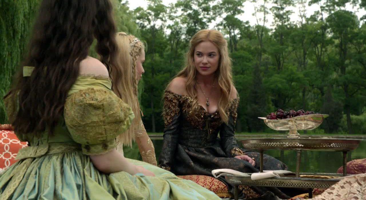 Greer schwärmt von Prinz Tomas - Bildquelle: 2014 The CW Network. All Rights Reserved.