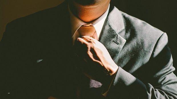 Mann-Krawatte