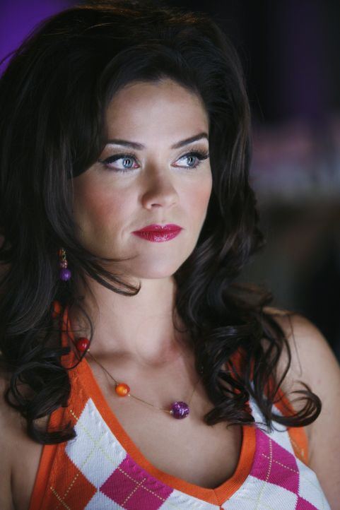 Chloe (Susan Ward) ist nicht so oberflächlich wie es auf den ersten Blick scheint ... - Bildquelle: 2009 DISNEY ENTERPRISES, INC. All rights reserved. NO ARCHIVING. NO RESALE.