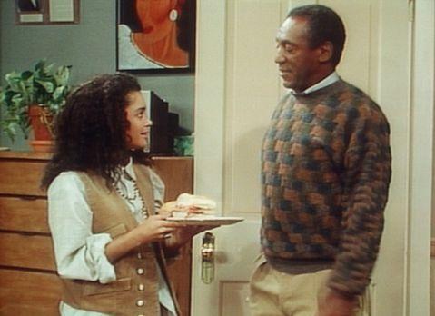 Bill Cosby Show - Cliff (Bill Cosby, r.) bewundert den guten Geschmack seine...
