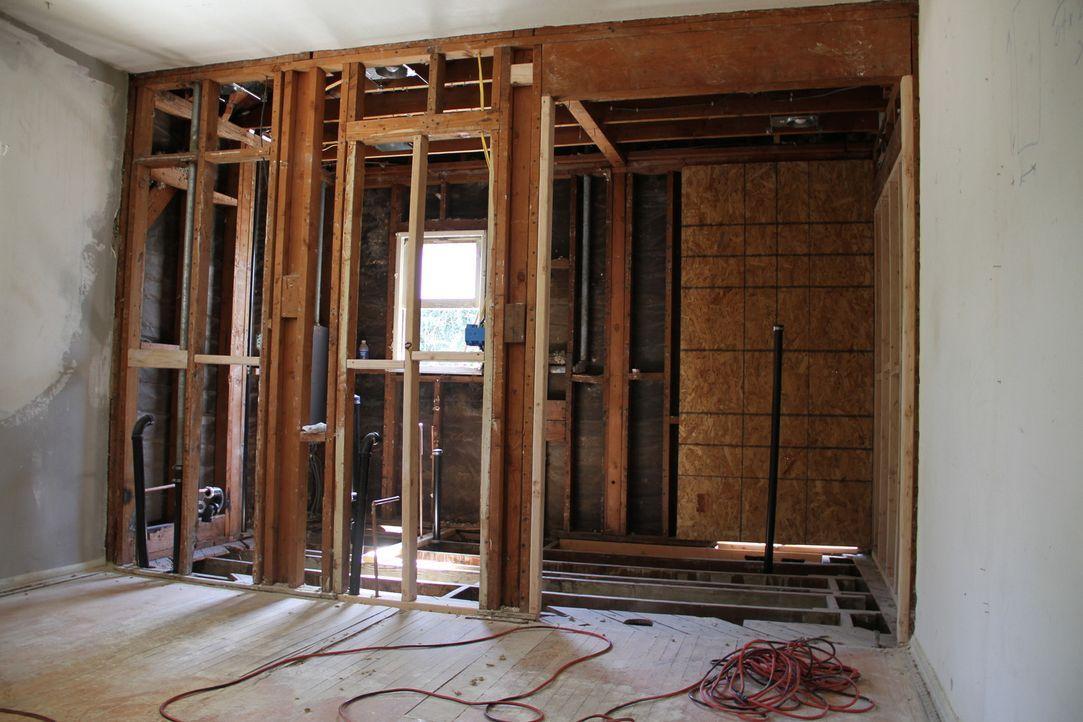 Top oder Flop? Folge 1 Baufällige Zimmer - Bildquelle: 2012, HGTV/Scripps Networks, LLC. All Rights Reserved