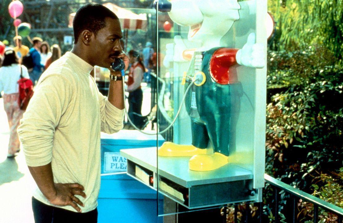 Die Spur der Mörder seines Vorgesetzten führt Axel (Eddie Murphy) wieder einmal nach Beverly Hills in den Vergnügungspark Wonder World. Und Axel... - Bildquelle: Paramount Pictures