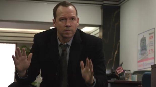 Danny (Donnie Wahlberg) wird Opfer eines Banküberfalls. Wenn die Gangster mit...