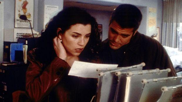 Hathaway (Julianna Margulies, l.) kann es nicht fassen: Sie hat den Test zum...